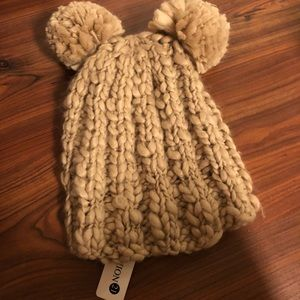 Adorable winter Pom Pom hat